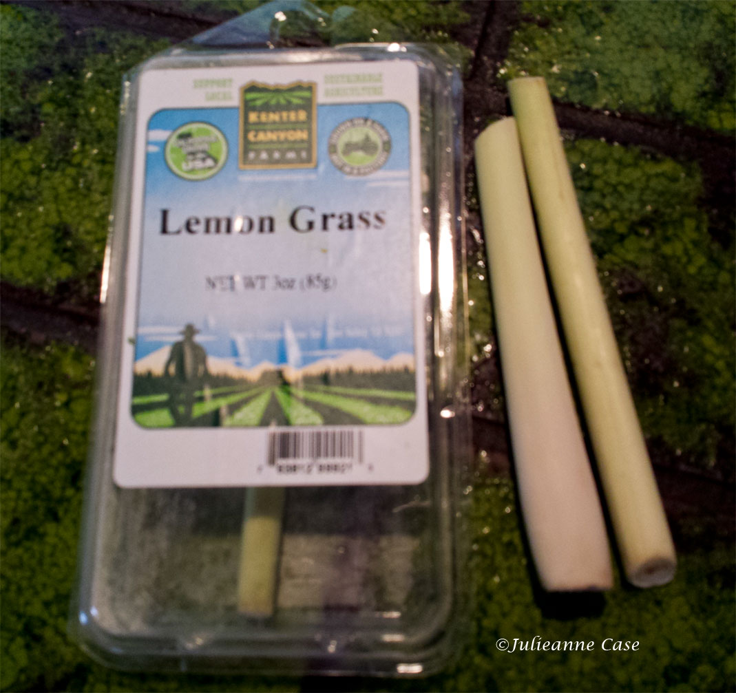 Trimmed lemongrass